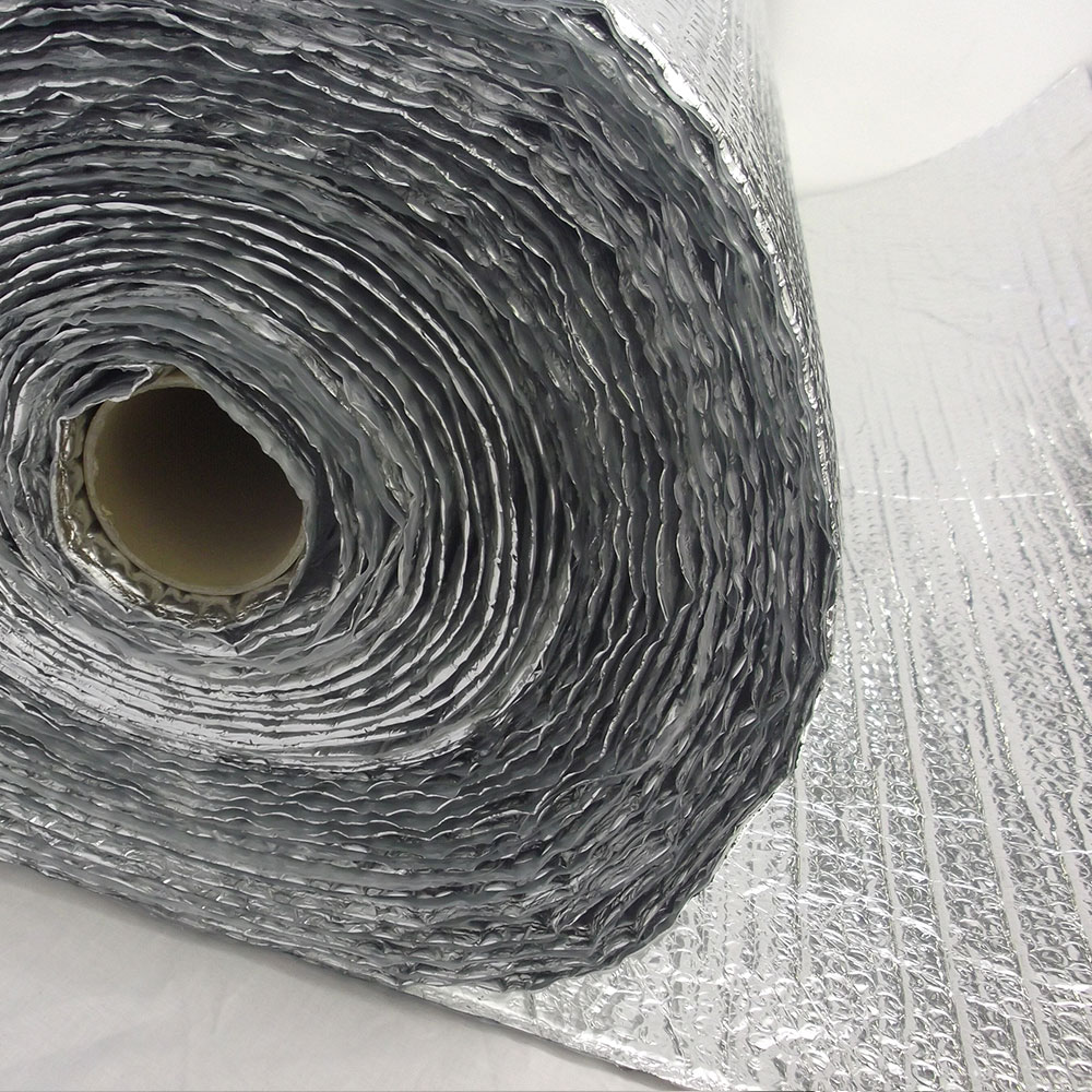 Insulation foil being unrolled by Yuzet®.